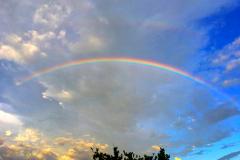 Yellowstone-rainbow-web